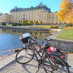 Stockholm self-guided bike tour Drottningholm